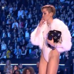 Miley Cyrus smokes weed at VMAs 15