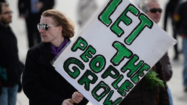 let-the-people-grow-sign