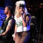 Lady-Gaga-pot-shirt-show