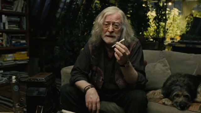 Smoking weed in 'Children of Men'