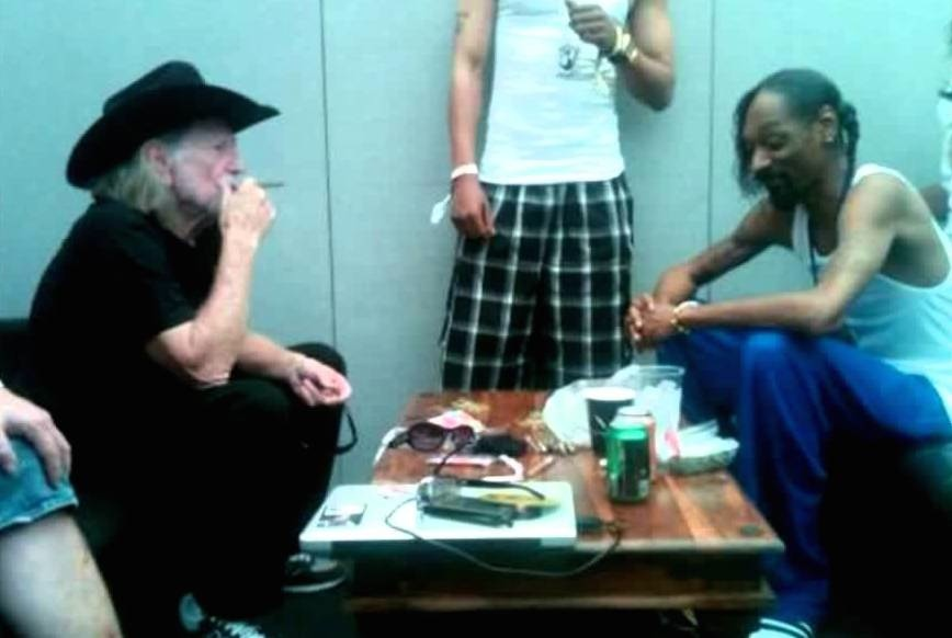 Snoop Willie Nelson smoke session