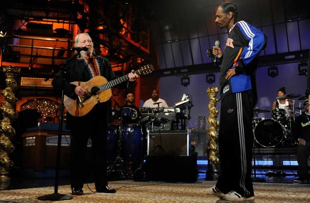 snoop-willie-perform-live