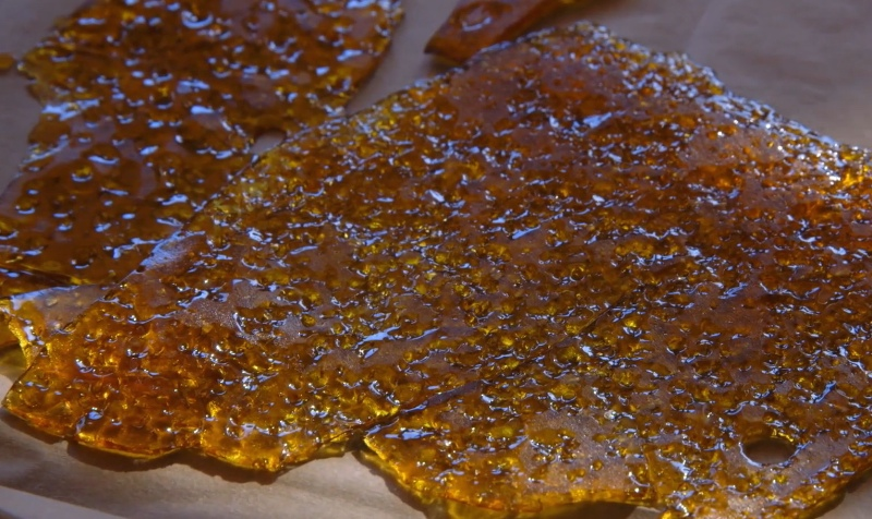 Dab extracts shatter